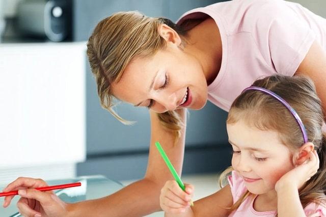 supervision coloriage enfant parent